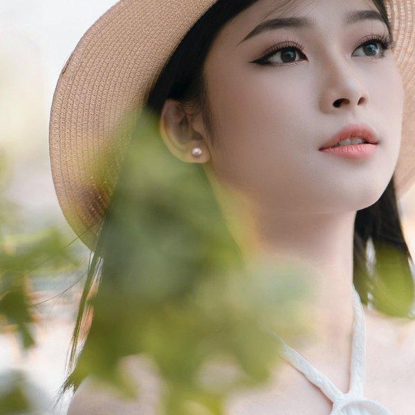 Rose Fresh Water Pearl Earrings
