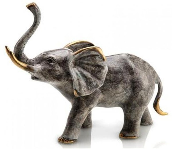 Bellowing Elephant